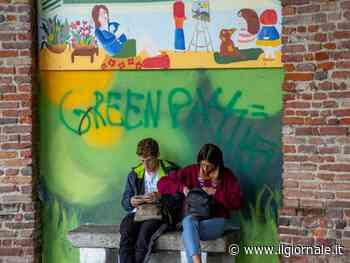 Green pass al via: sarà dimezzato il costo dei test. Dubbi sui controlli