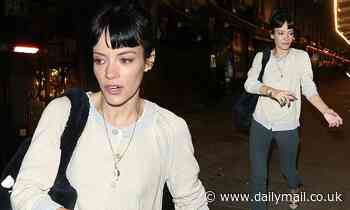 Lily Allen looks chic as she leaves the theatre following 2:22 A Ghost Story performance