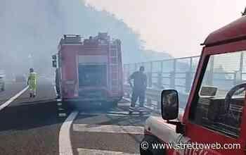 Gioia Tauro, incendio a bordo dell'A2: disagi al traffico, Vigili del fuoco all'opera [FOTO E VIDEO] - Stretto web