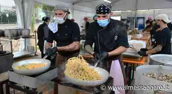 Fiumicino, grossa affluenza alla Spaghettongola: distribuiti 800 menù a base di pescato - ilmessaggero.it