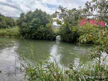 Kanalarbeiten in Giengen: Wasserstand steigt durch Regen: Männer werden 300 Meter durch den Kanal gespült - Heidenheimer Zeitung