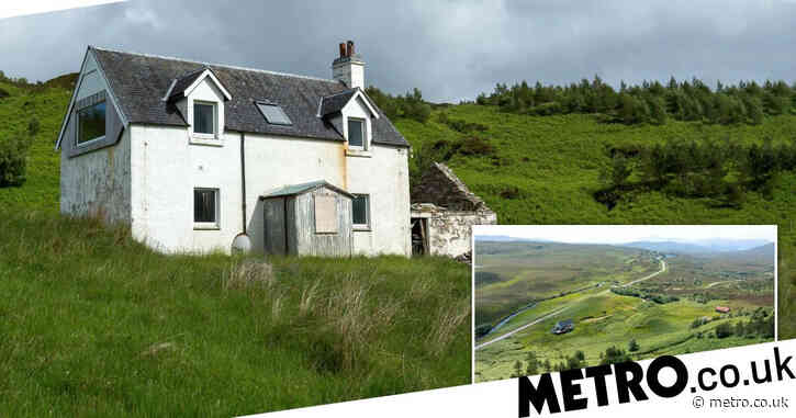 A shepherd's cottage with no electricity on the North Coast 500 is up for sale at £250,000