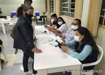 Saúde de Assis realiza 'Corujão' da vacina contra COVID aos jovens com 23 anos ou mais, sem comorbidades, nesta quarta-feira, 4 - Prefeitura de Assis