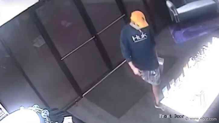 WATCH: Man caught on camera stealing 'toy' from adult store in Livingston Parish