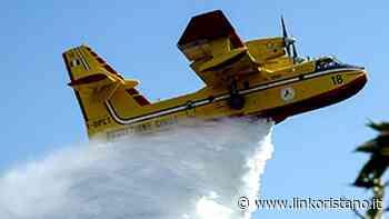 Quattro aerei per fermare le ripartenze del fuoco a Santu Lussurgiu, Scano, Cuglieri e Tresnuraghes - Linkoristano.it