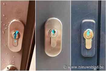 Blauwe brij aangetroffen in sleutelgaten in Mortsel en Deurn... - Het Nieuwsblad