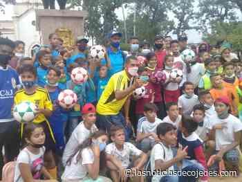 Liga de Fútbol Menor Cojedes donó balones a 15 clubes de Tinaquillo - Las Noticias de Cojedes