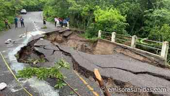 Se inician labores para habilitar paso en Quezaltepeque, tras colapso de puente - Emisoras Unidas