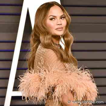 Chrissy Teigen Fires Back at Claims She Deletes Negative Comments From Her Social Media Posts