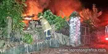 Incendio destruye vivienda de dos familias en Chalchuapa - La Prensa Grafica