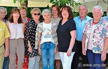 Ehrenamtstreffen für die 85 freiwilligen Helfer der Tafel - Passauer Neue Presse