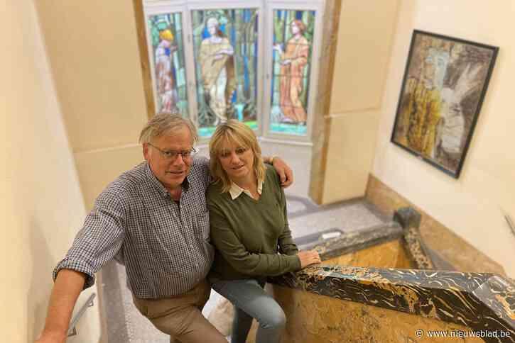 """Guy en Ciska wonen in eerste art-decohuis van het land: """"Mensen vonden het eerst een klucht, maar later werd het beschermd als monument"""""""