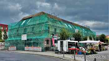 Spremberger Bürgerhaus: Baugerüste am Markplatz zur Gefahrenabwehr - Lausitzer Rundschau