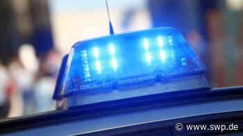 Blaulicht Pfullingen : Fahrer eines silberfarbenen Opel Astra G flüchtet nach Unfall - SWP