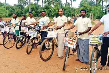 Cycling tour to raise awareness about palm tree climbers - DTNEXT