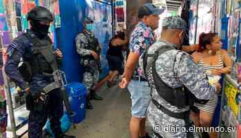 Detienen a pareja con $1,300 en Soyapango que no justificó su origen legal - Diario El Mundo