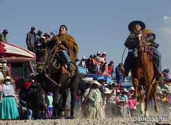 Puno: población de Ilave celebra fiesta de la virgen de Asunción con carrera de caballos - Agencia Andina