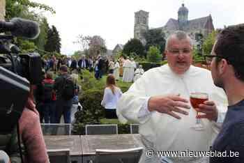 Biervereniging Geuzeneuze organiseert proeverij van nieuwe Grimbergse bieren op jaarmarktdag - Het Nieuwsblad