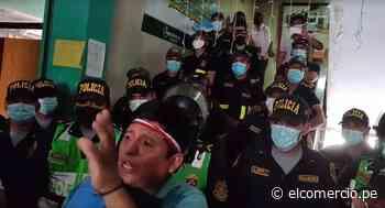 Satipo: pobladores ingresan al local municipal para exigir vacancia de alcalde investigado por corrupción | VIDEO - El Comercio Perú