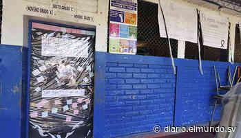 Comunidad educativa de Jucuapa llora la muerte de su maestro a causa del covid-19 - Diario El Mundo