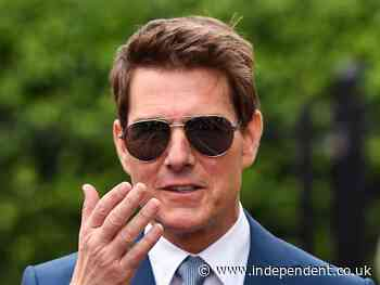 Tom Cruise and Hayley Atwell wave to fans as they film Mission: Impossible 7 in Birmingham shopping centre - The Independent