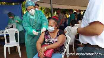 Alcaldía de Sonsonate entrega teléfonos celulares a líderes comunales para facilitar citas de vacunación - elsalvador.com