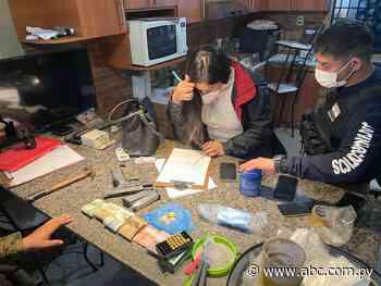 En allanamientos, detienen a dos personas e incautan drogas en Lambaré - ABC Color