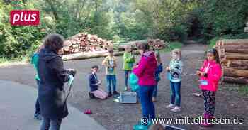 Kinder staunen und lernen bei Ferienspielen in Dautphetal - Mittelhessen