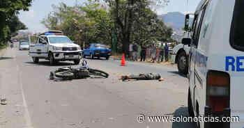 Motociclista pierde la vida al accidentarse en San Pedro Masahuat, La Paz - Solo Noticias