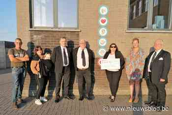 Mooie cheque voor De Riddertjes in Nood (Zoutleeuw) - Het Nieuwsblad