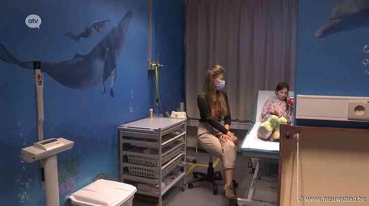 Patiëntjes Kinderziekenhuis genieten van onderwaterwereld dankzij gulle gift ondernemer