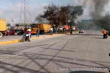 Conductores trancaron la intercomunal Barquisimeto-Acarigua - La Prensa de Lara