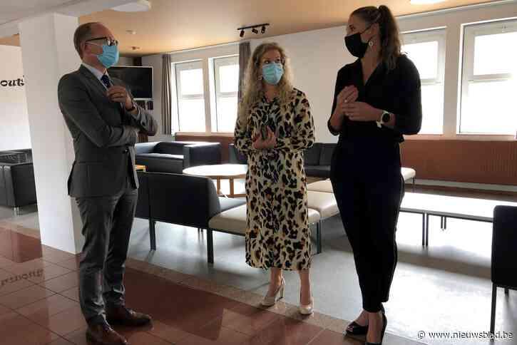 """Vlaams minister van Onderwijs Ben Weyts (N-VA) over lage vaccinatiegraad in Vlaamse Rand: """"We nemen berekende risico's"""""""