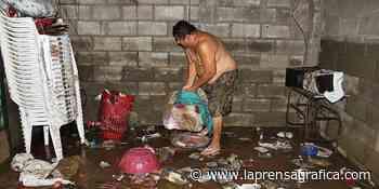 Inundación afecta diez viviendas en Zacatecoluca - La Prensa Grafica