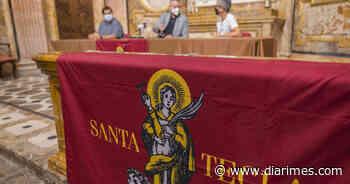 Presentan la colgadura de Santa Tecla - Diari Més