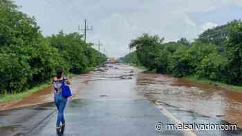 Inundaciones por lluvias: se registró el desbordamiento de una quebrada en Jiquilisco, Usulután   Noticias de El Salvador - elsalvador.com