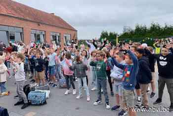 Het Kozijntje voorspelt een onvoorstelbaar schooljaar (Nieuwerkerken) - Het Belang van Limburg Mobile - Het Belang van Limburg