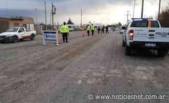 Masiva presencia policial y controles en diferentes sectores de Villa Lynch - NoticiasNet