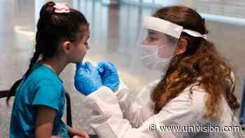 Aumentan los contagios por coronavirus entre los estudiantes de las escuelas de Texas | Video | Univision 23 Dallas Ft. Worth KUVN - Univision 23 Dallas
