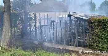 Brand legt twee tuinhuizen van buren in de as in Pittem - Het Laatste Nieuws
