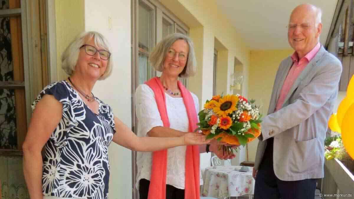 Schwangerenberatung bei Donum Vitae in Miesbach: Hedwig Blaschke geehrt | DasGelbeBlatt - Merkur Online