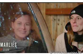 """Marlies (29), zus van 'De mol'-winnares, sterft tijdens paardenoptocht: """"Het paard wierp haar af en gaf een trap"""""""