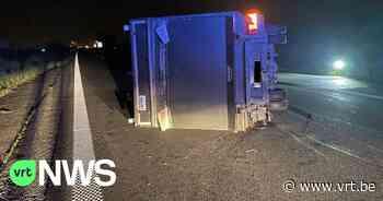 Twee bestuurders op de vlucht na vreemd ongeval op A19 in Ieper - VRT NWS