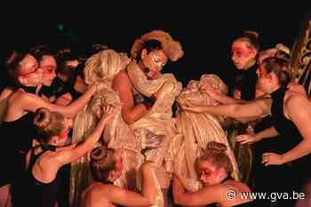 Shakespearestuk van meer dan honderd vrijwilligers in premiè... (Wilrijk) - Gazet van Antwerpen