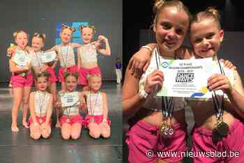 """Dansschool valt in de prijzen op Belgisch Kampioenschap: """"Maar vooral blij dat we na jaar een dansen voor de computer eindelijk weer op een echt podium staan"""" - Het Nieuwsblad"""