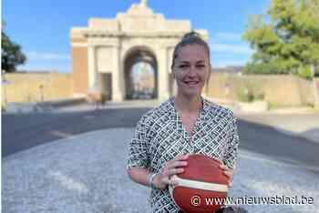 """Tijdens vakantie in eigen stad gaan Emma Meessemans roots met Nike de wereld rond: """"Zo maken meer kennis met de mooiste stad ter wereld"""" - Het Nieuwsblad"""