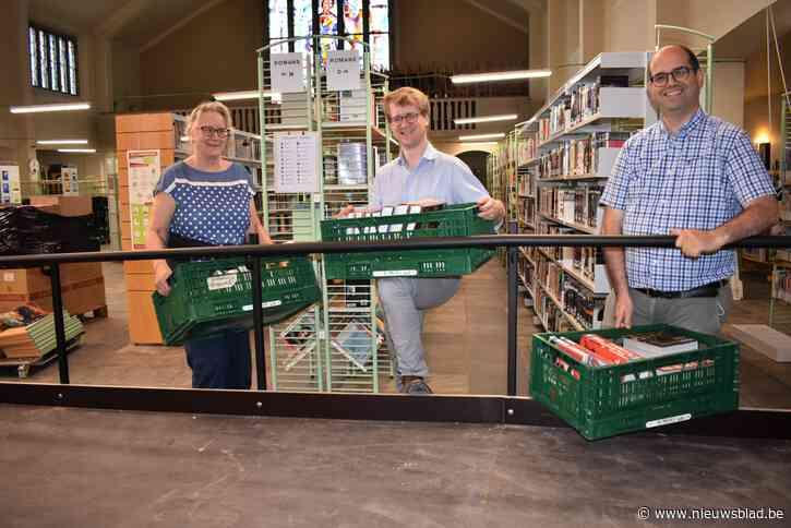 Bibliotheek in kerk Hille zet deuren open
