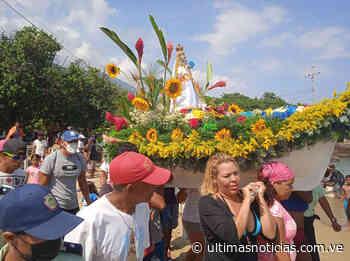 Pescadores de La Guaira recorrieron la costa con la Virgen del Valle (+Fotos) - Últimas Noticias