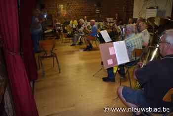 Fanfare Sint-Jozef Kesterbeek-Dworp bijt spits af in Halle