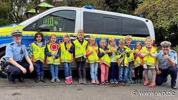 Netphen: Kindergartenkinder und Polizei überwachen Verkehr - Westfalenpost